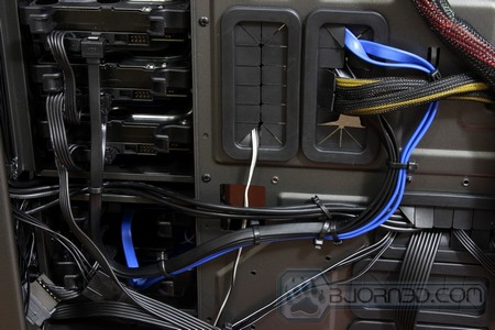 NZXT_Phantom_820_48s nzxt phantom 820 full tower gaming chassis bjorn3d com nzxt phantom wiring diagram at crackthecode.co