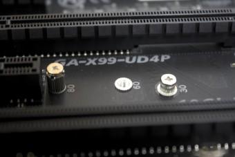 X99_UD4P19