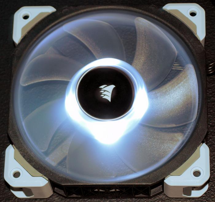 Corsair_ML120 Pro LED_11