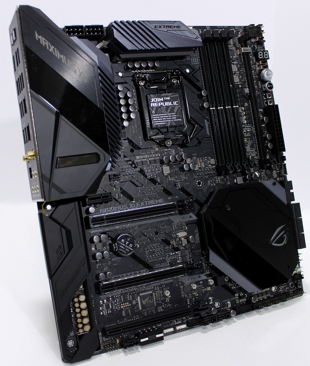ASUS Maximus XI Extreme: Z390 with all the things! - Bjorn3D com
